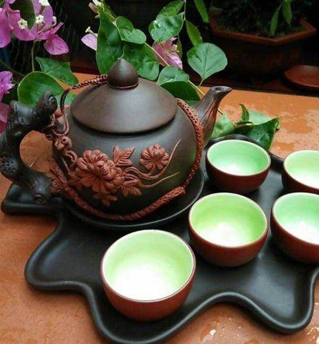 ấm pha trà